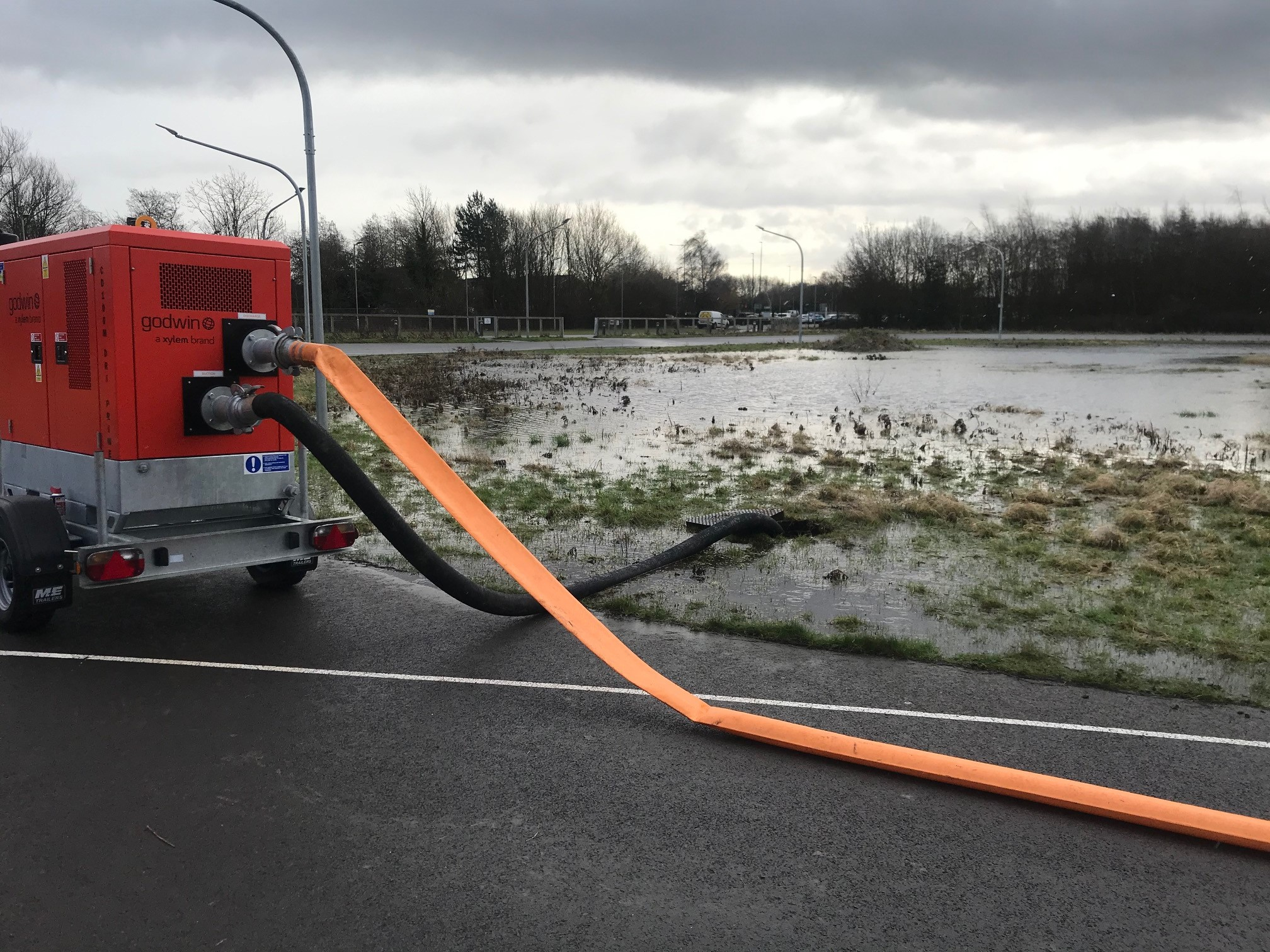 Hull's new water pumps in action