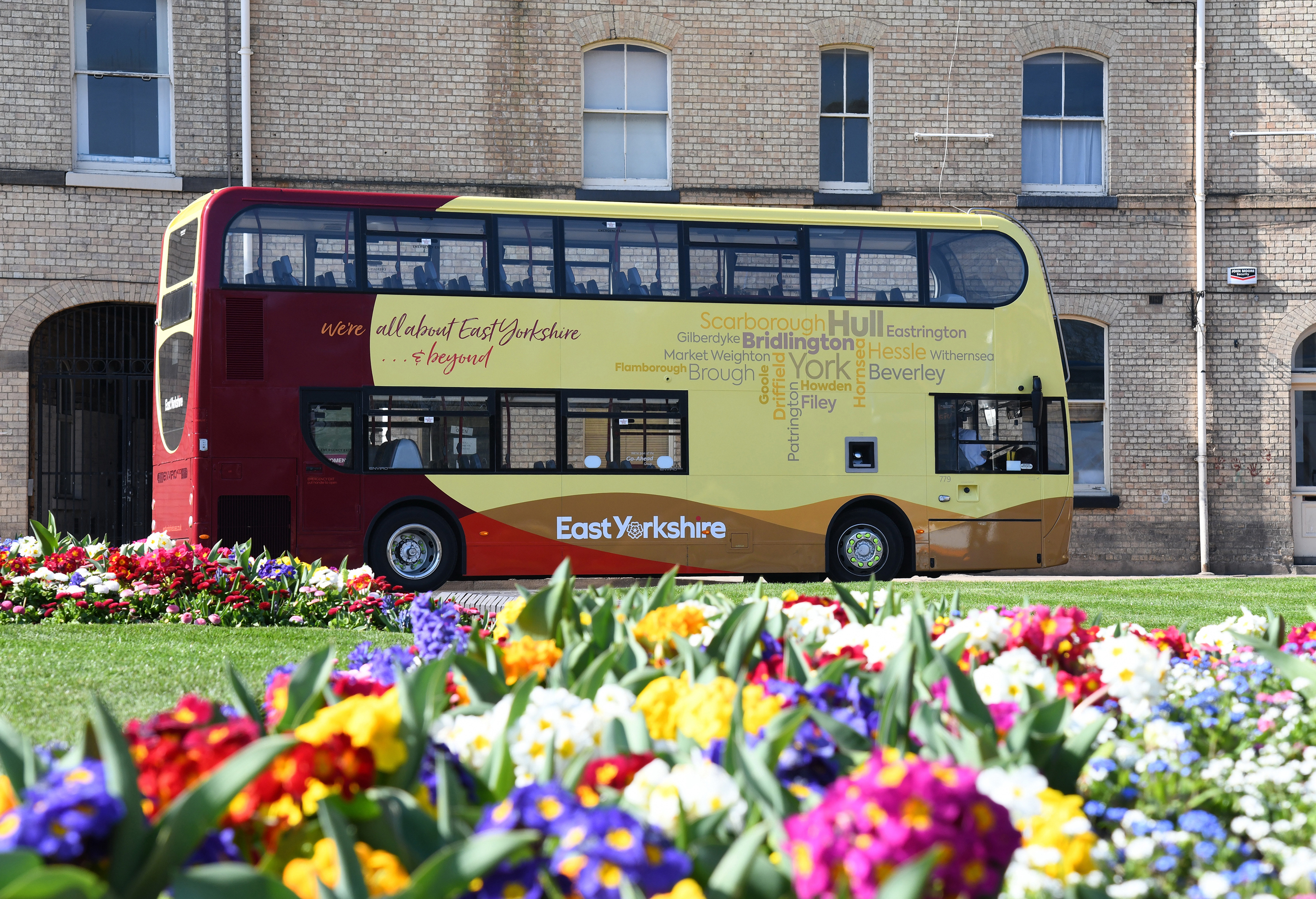 An East Yorkshire bus in Queen's Gardens, Hull.