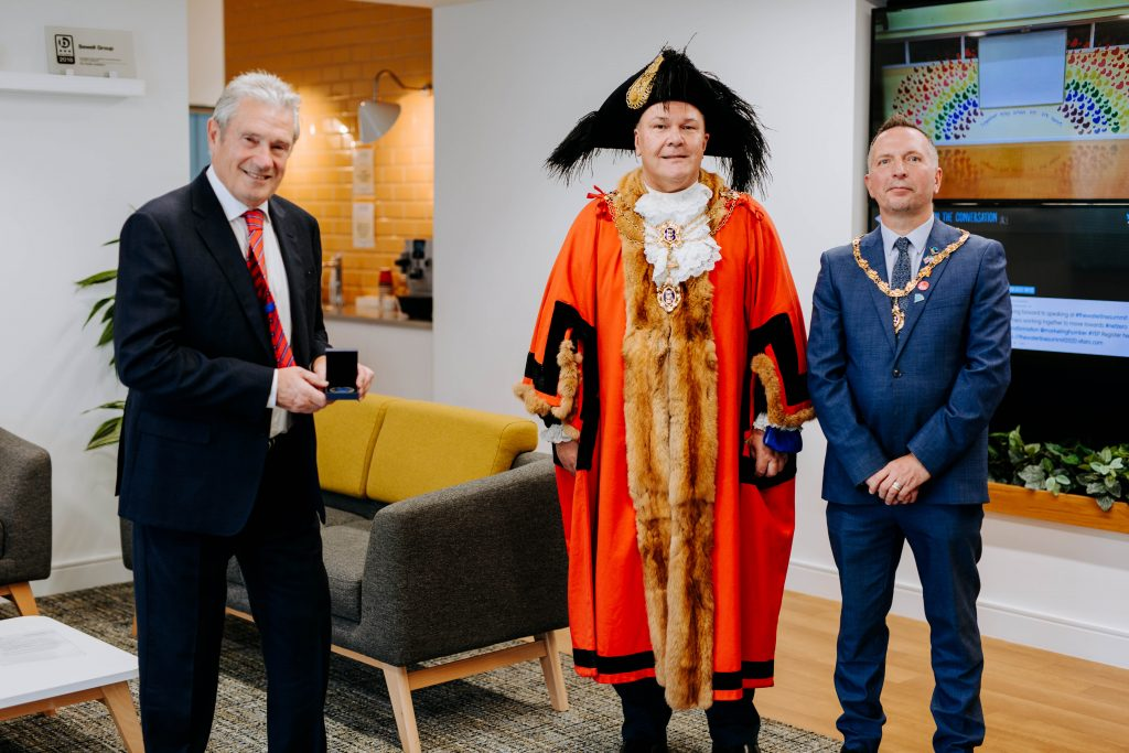 Paul Sewell receiving his Civic Crown from The Lord Mayor.