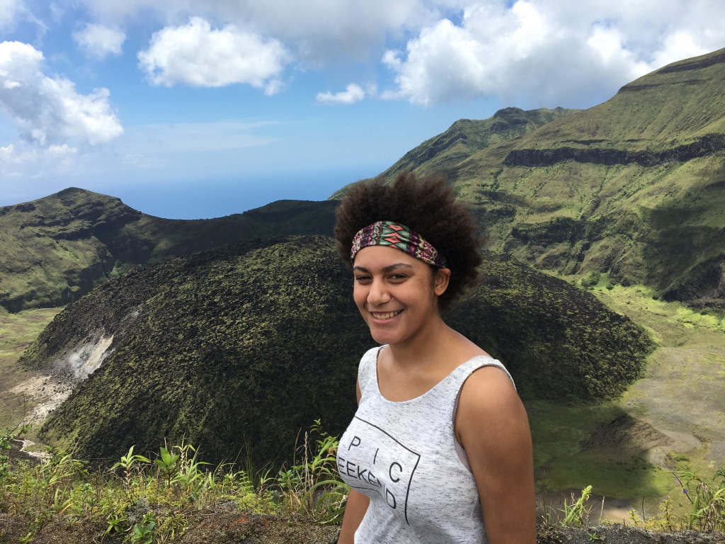 Dr Jazmin Scarlett has been awarded a President's Award from the Geological Society of London, becoming the first black woman to receive the accolade.